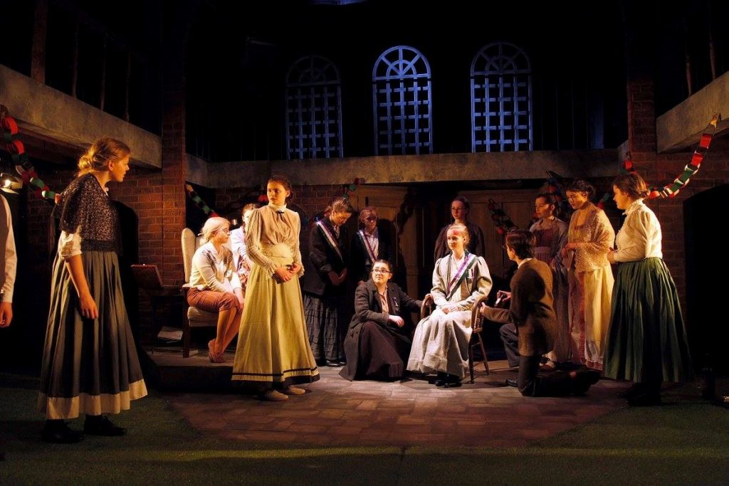 Ann Veronica designed by Libby Todd at the Watermill Theatre