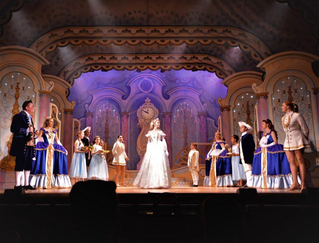 DSH Cinderella set 2 Palace Ballroom walkdown