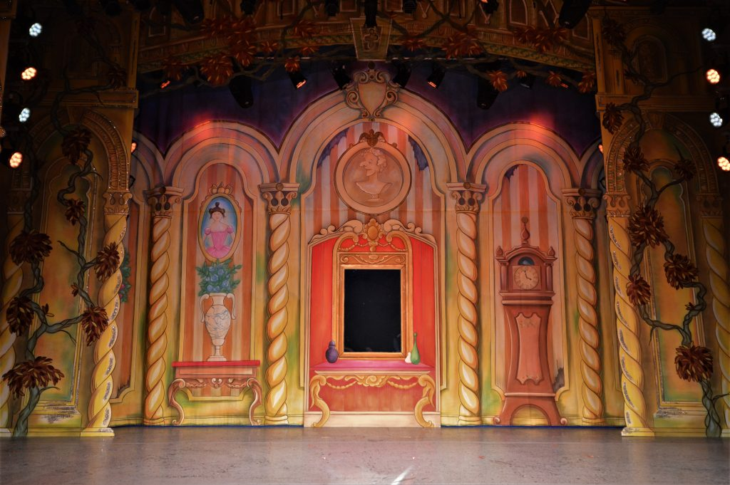 DSH Beauty and the Beast pantomime Magic Mirror Cloth