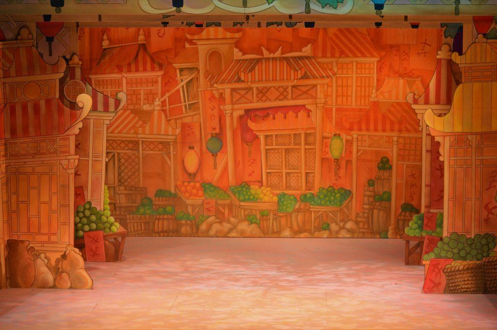 DSH Aladdin set 2 pantomime Peking Street scene full stage