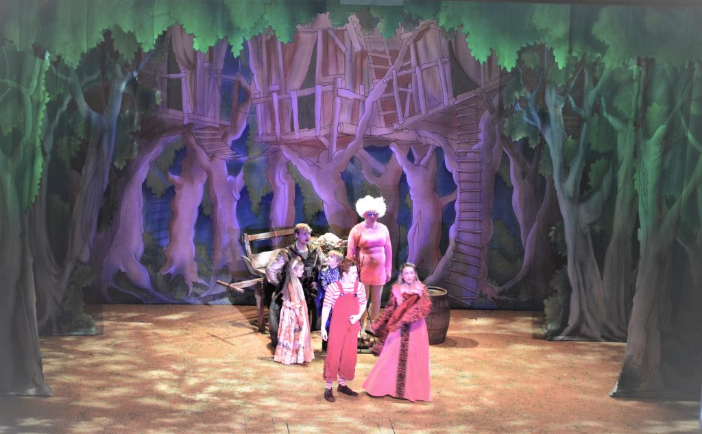 DSH Robin Hood Pantomime Robin Hood's Den