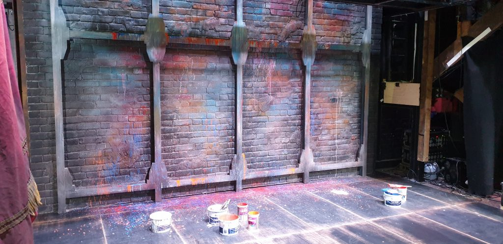 The Kiss me Kate back wall in situ at the Watermill theatre