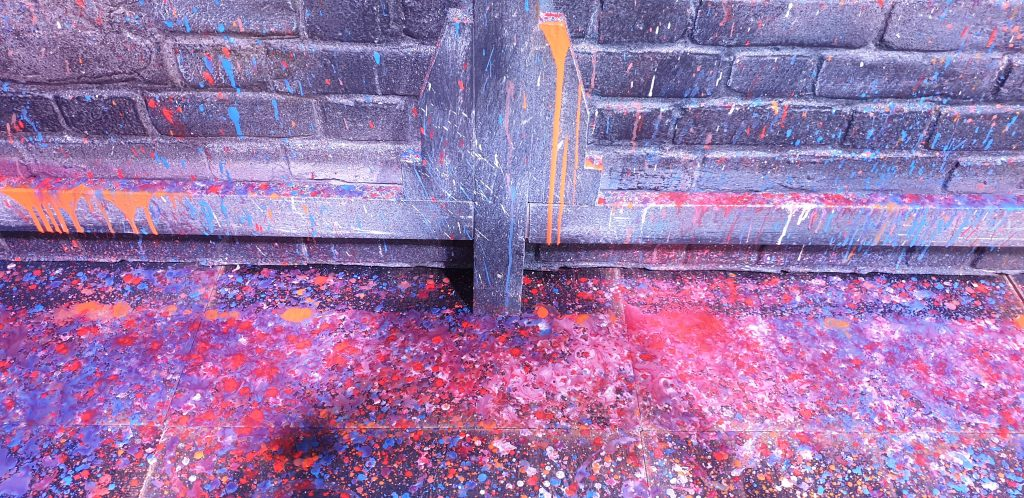 A close up of the paint layers Kiss me Kate