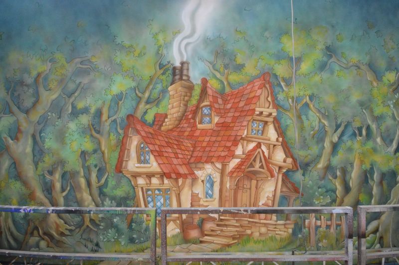 Beauty and the Beast cottage in the Woods cloth on the paint frame. DSH Cloth & Set Painting
