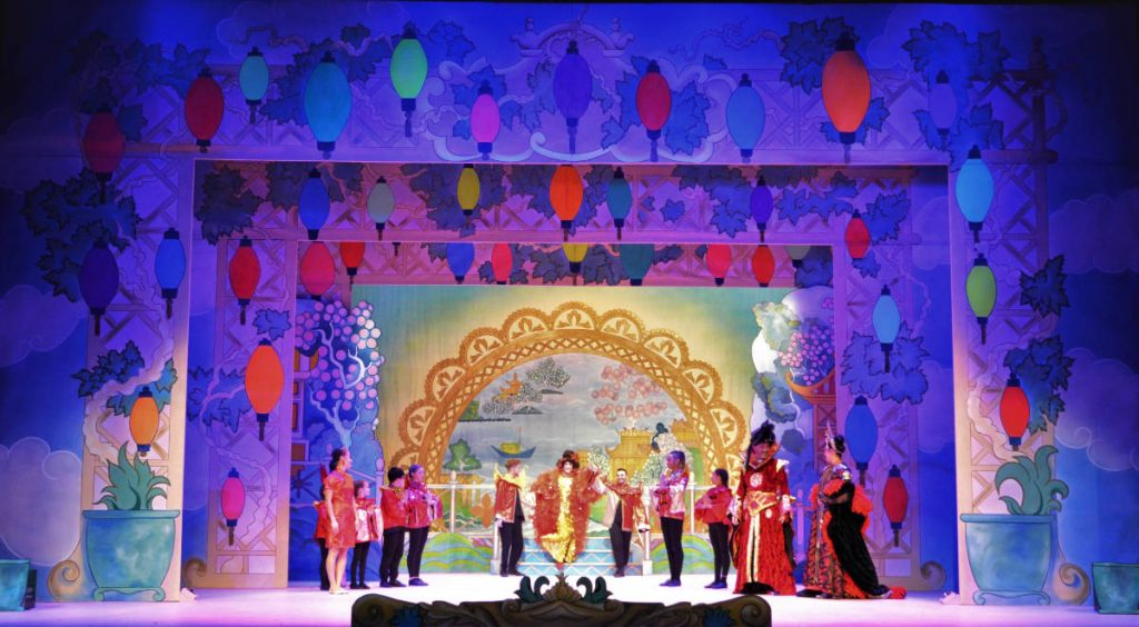 DSH Aladdin Set 2. Walkdown scene. UV lanterns on the portals. Pantomime set for hire.