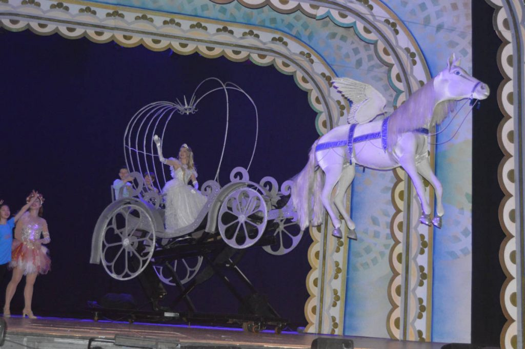 Hydraulic Pegasus Cinderella coach. DSH Pantomime effect for hire.