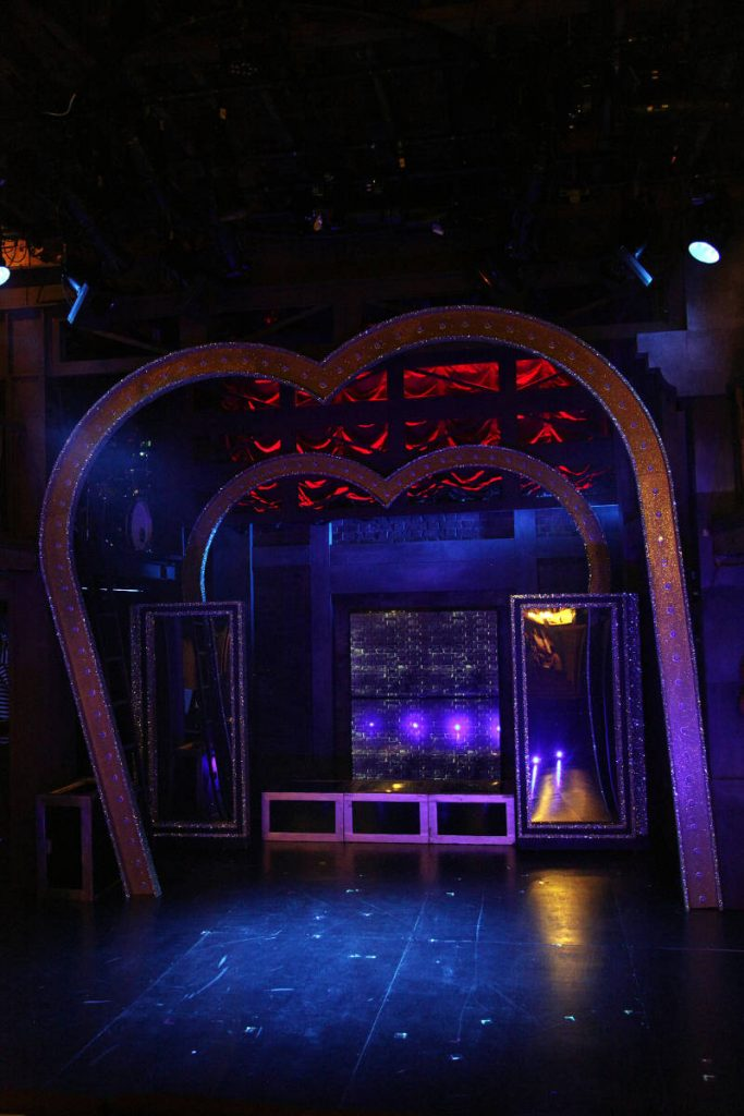 Sweet Charity - DSH scenery construction designed by Diego Pitarch at the Watermill Theatre